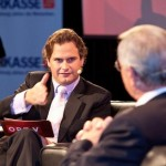 Im Gespräch mit Ex-Porsche-Kommunikationschef Anton Hunger, Bild: ORF