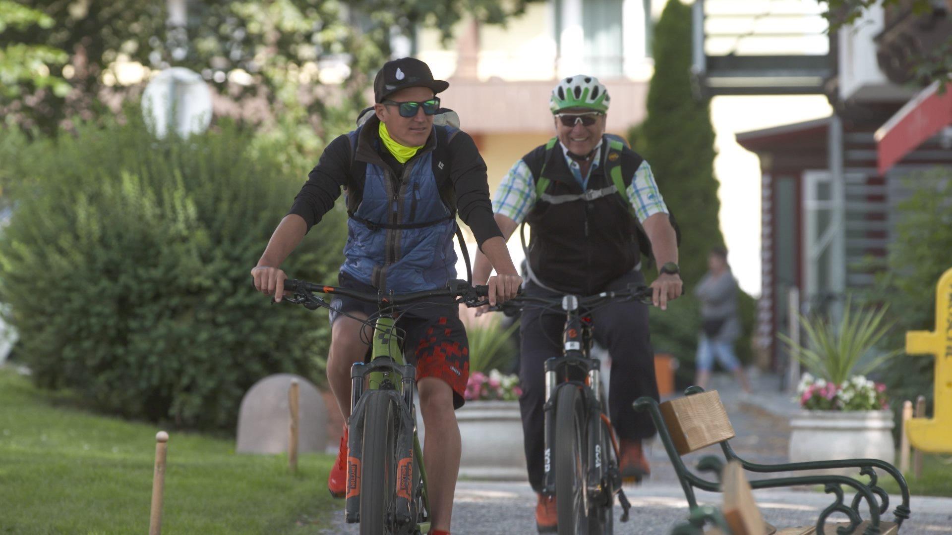 Auf E-Bike-Tour mit Olympiasieger David Kreiner, Bild: ORF/Degnfilm